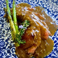 Lomo de ciervo con salsa de castañas
